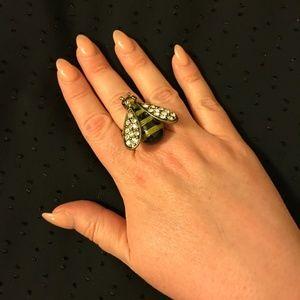 Jewelry - Rhinestone and enamel stretchy bee ring